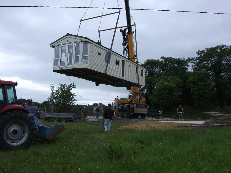 Crane Lift Sapphire (1)