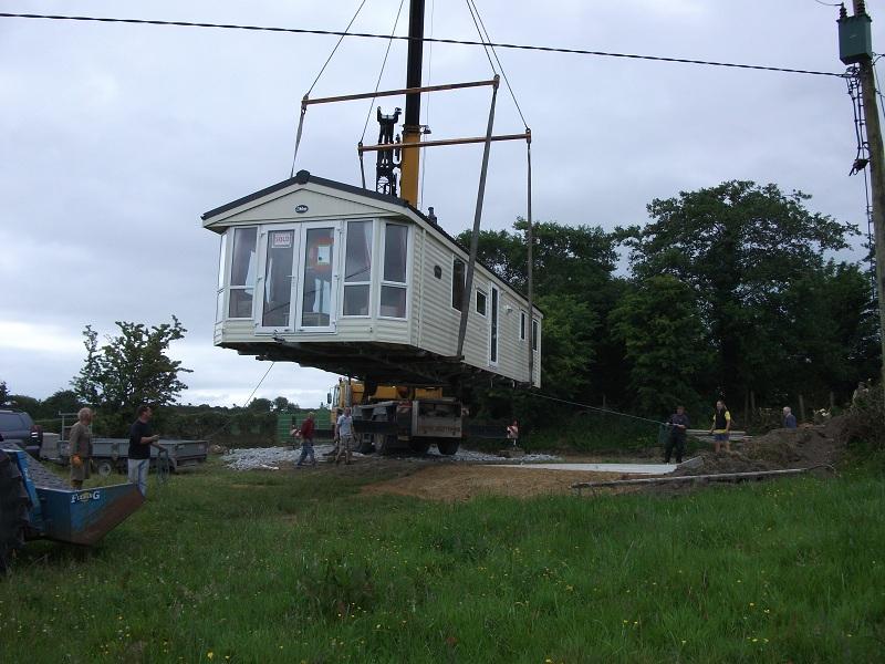 Crane Lift Sapphire (2)