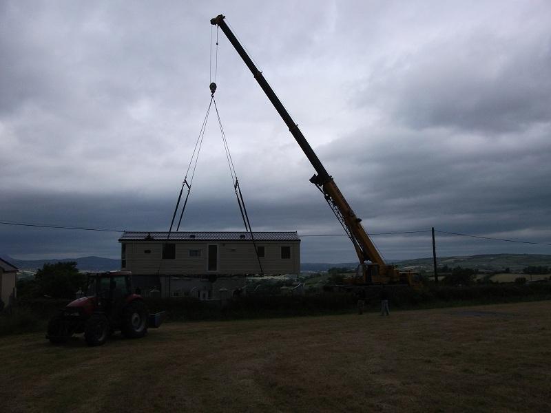 Crane Lift Sapphire (4)