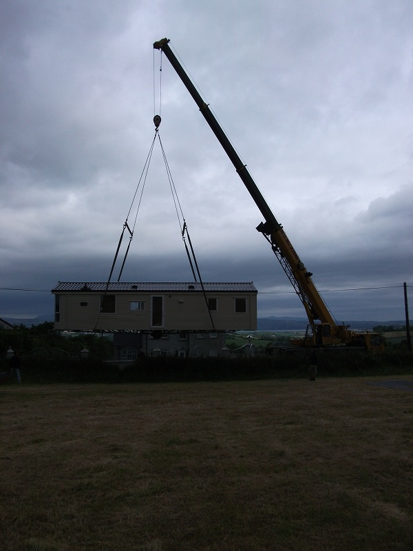 Crane Lift Sapphire (5)
